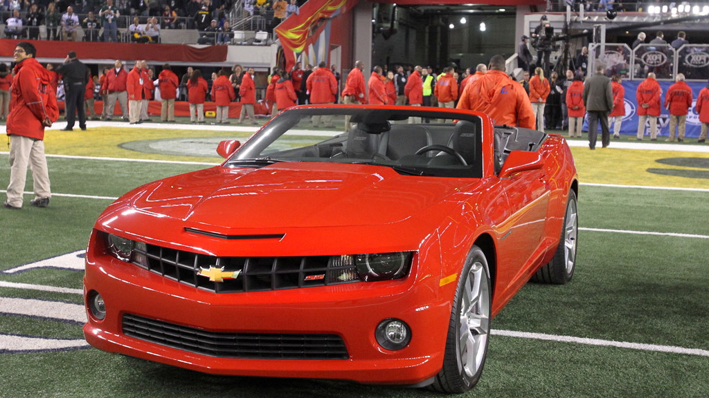 Super Bowl MVP Aaron Rodgers wins new Chevy Camaro Convertible