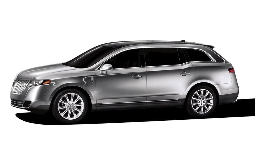 Lincoln MKT Town Car Is Your Next Limo