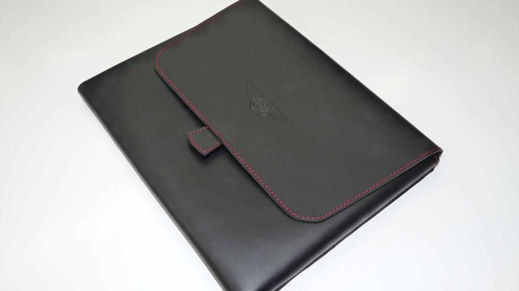 Bentley leather goods by Ettinger