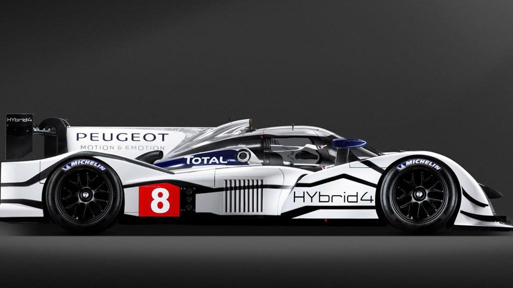 2011 Peugeot 908 HYbrid4 diesel-hybrid race car