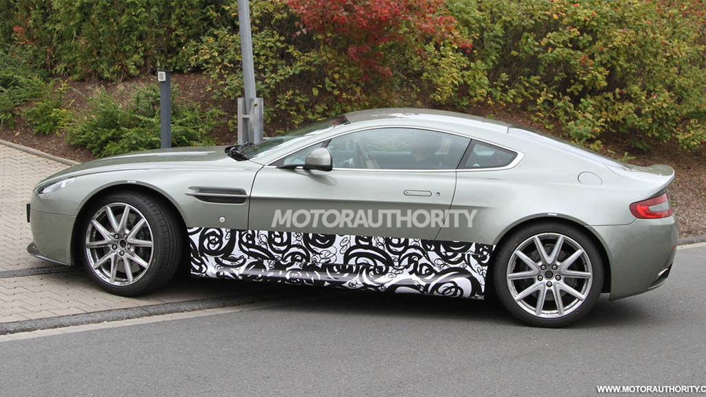 2014 Aston Martin Vantage test-mule spy shots