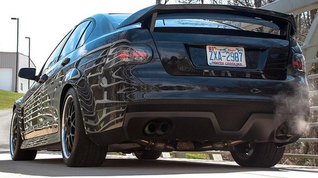 Dale Earnhardt Jr.'s HSV-trimmed 2009 Pontiac G8 - Image: Drive