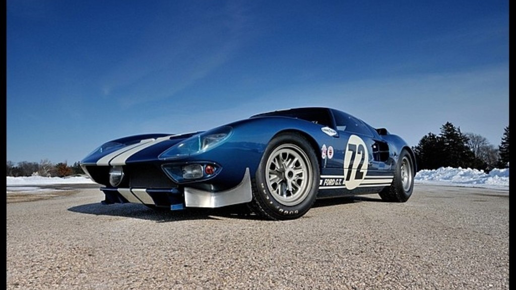 1964 Ford GT40 Prototype offered by Mecum Auctions (Images: Mecum Auctions)