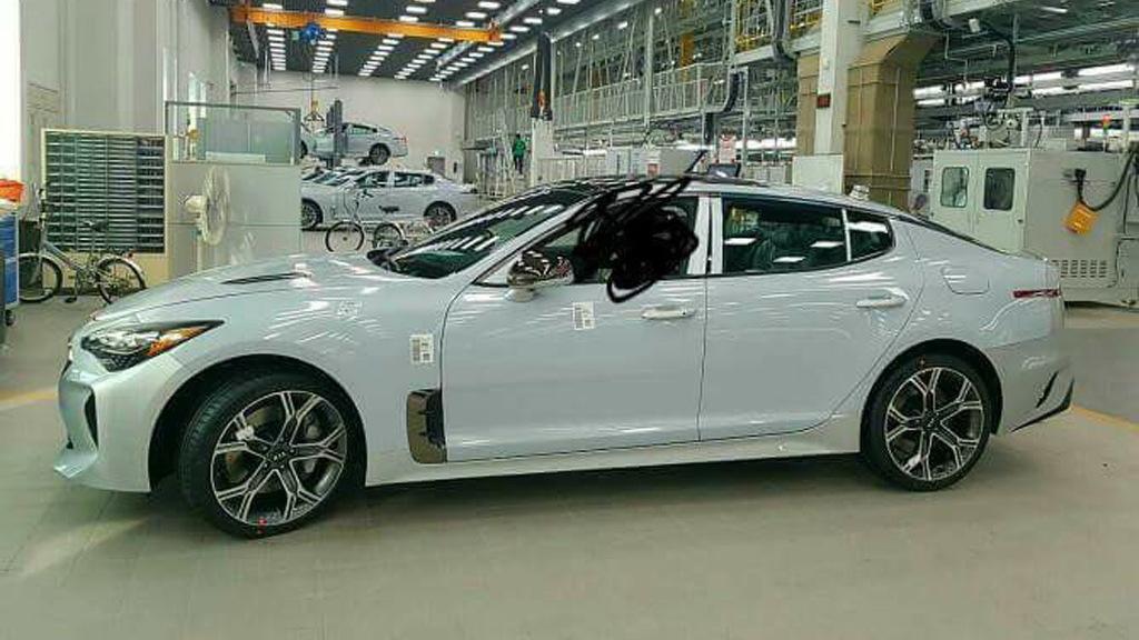 2018 Kia GT (Stinger) leaked - Image via Kia-World