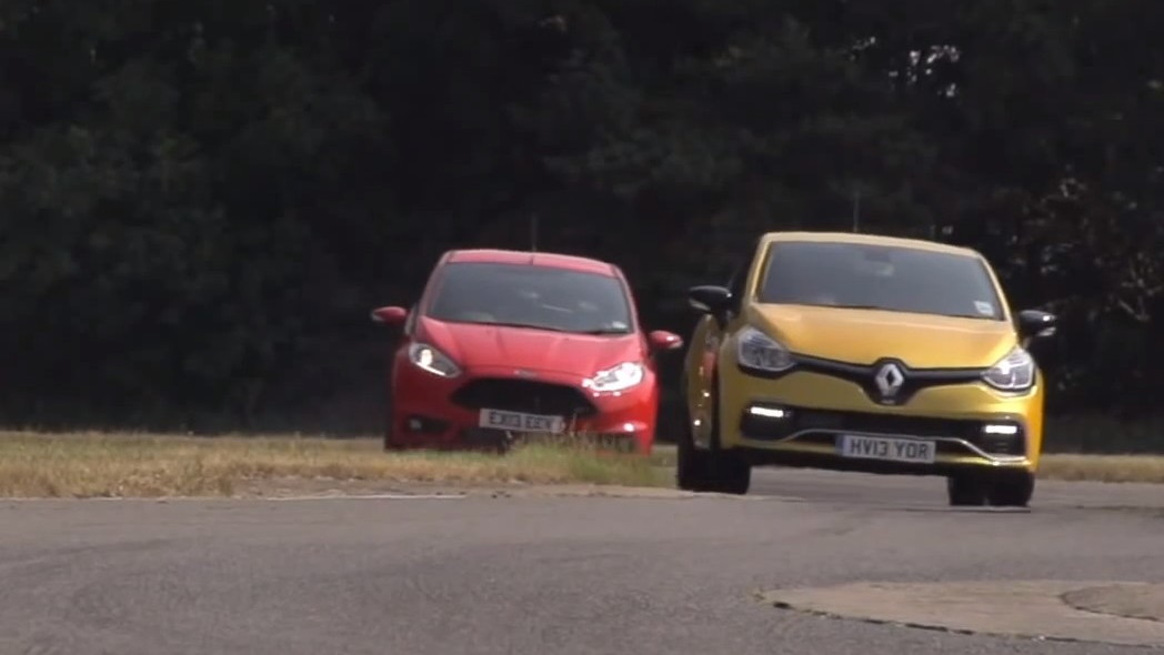 Ford Fiesta ST Mountune versus Renault Clio RS