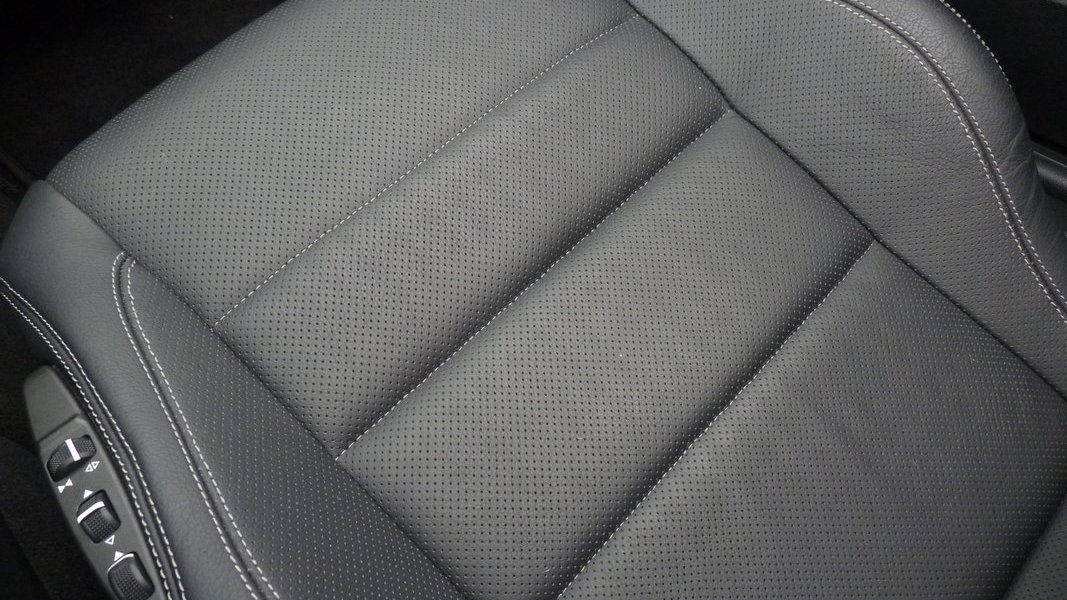 2011 Mercedes-Benz E550 Cabriolet