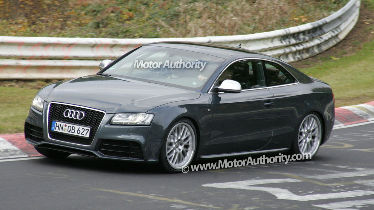 2010 audi rs5 spy shots 011