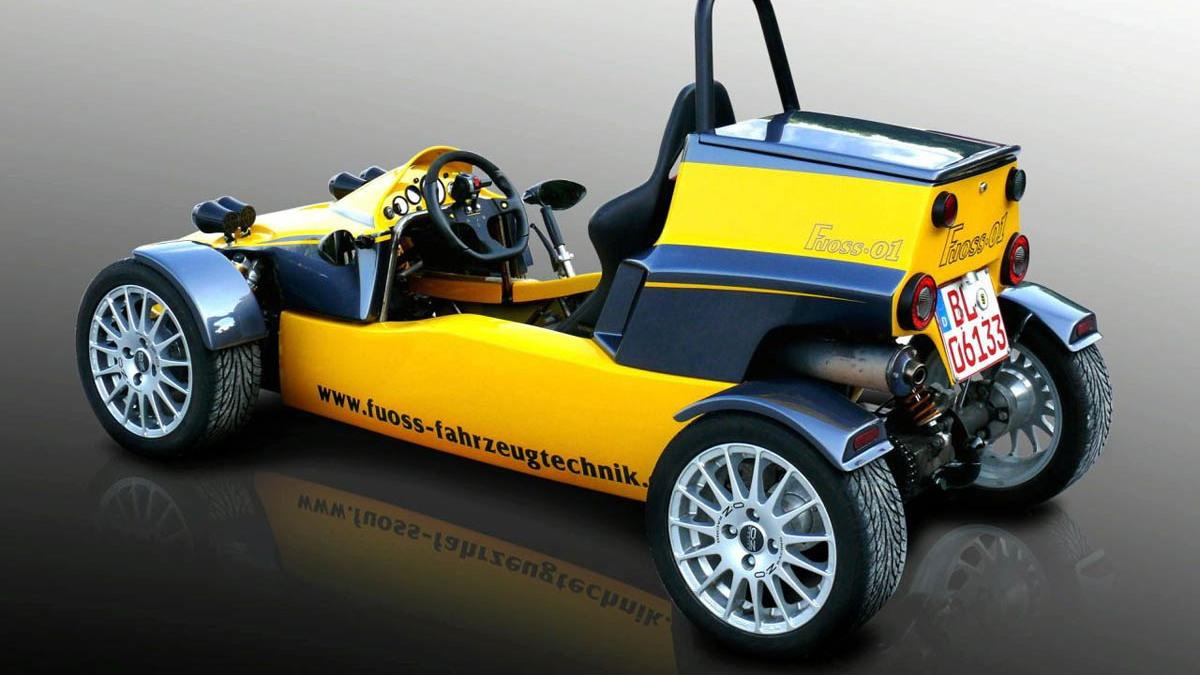 fuoss 01 track car 002