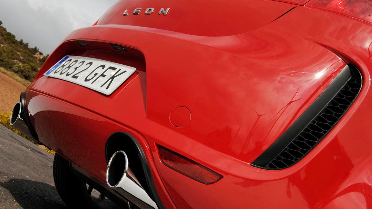 seat leon linea r hatch 027