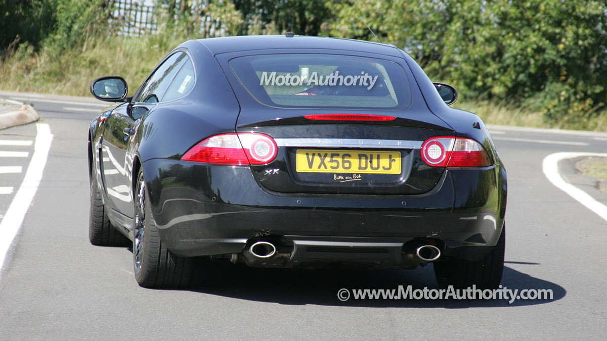 mystery jaguar xk spy shots september 08 005
