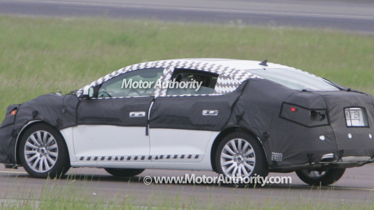 buick lacrosse spy motorauthority 004