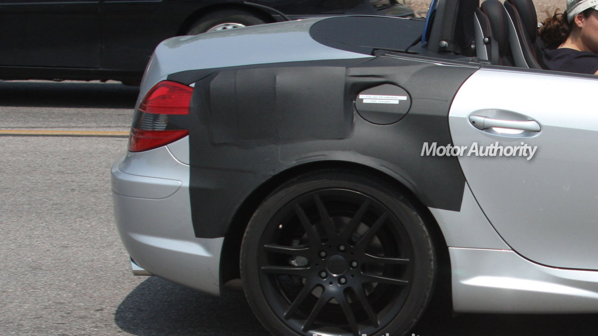 mystery mercedes benz slk spy shots 003