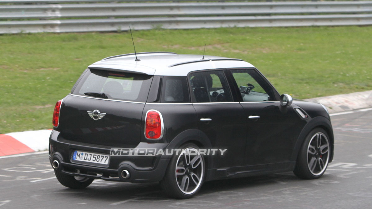 2012 MINI Countryman John Cooper Works spy shots