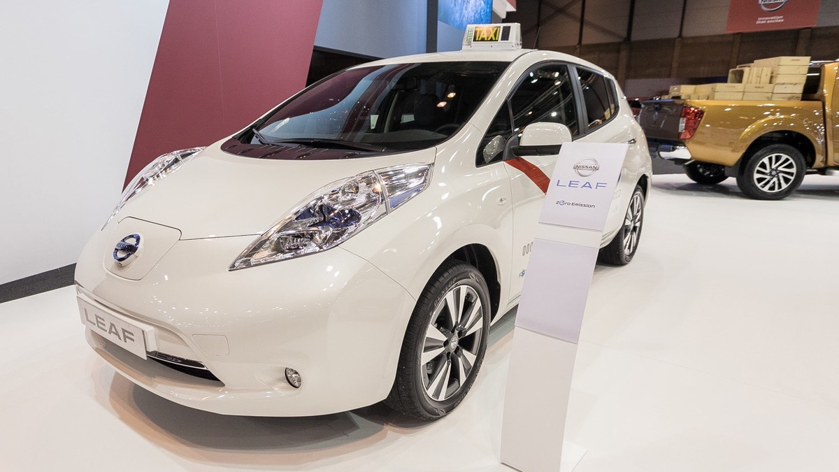 Nissan Leaf electric taxi for Madrid