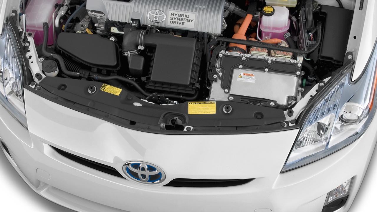 2010 Toyota Prius 5dr HB II (Natl) Engine