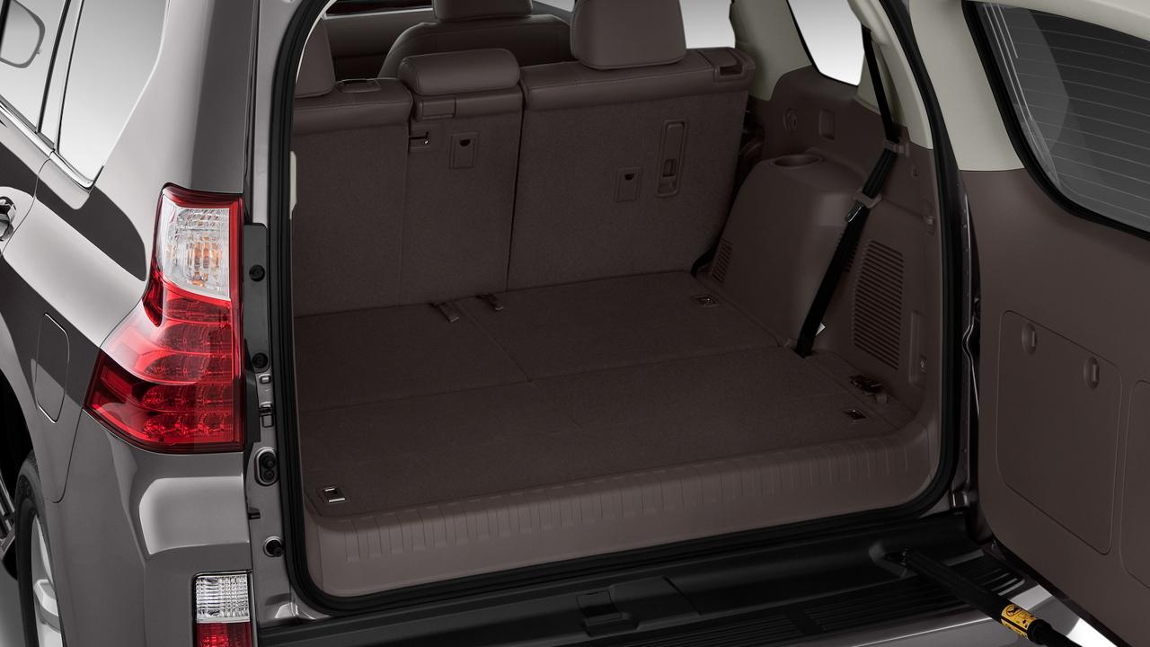 2010 Lexus GX 460 4WD 4-door Trunk
