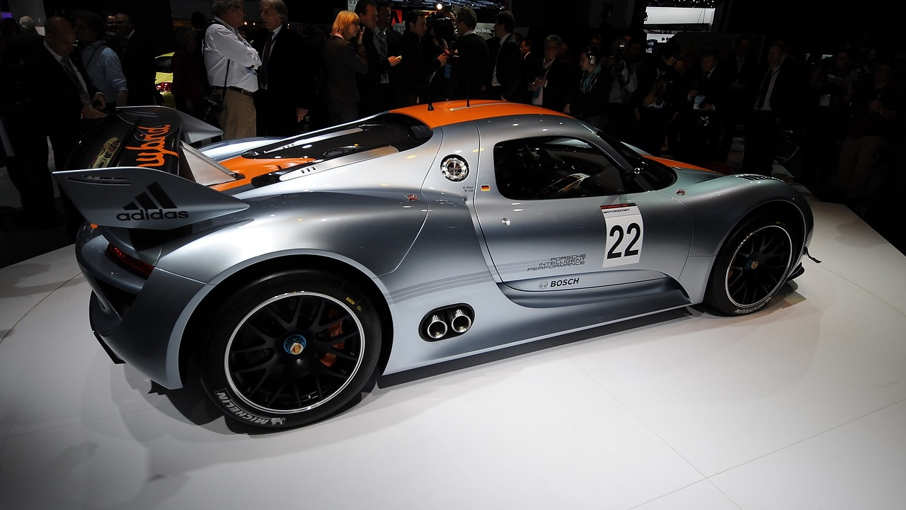 2011 Porsche 918 RSR Concept. Photo by Joe Nuxoll.