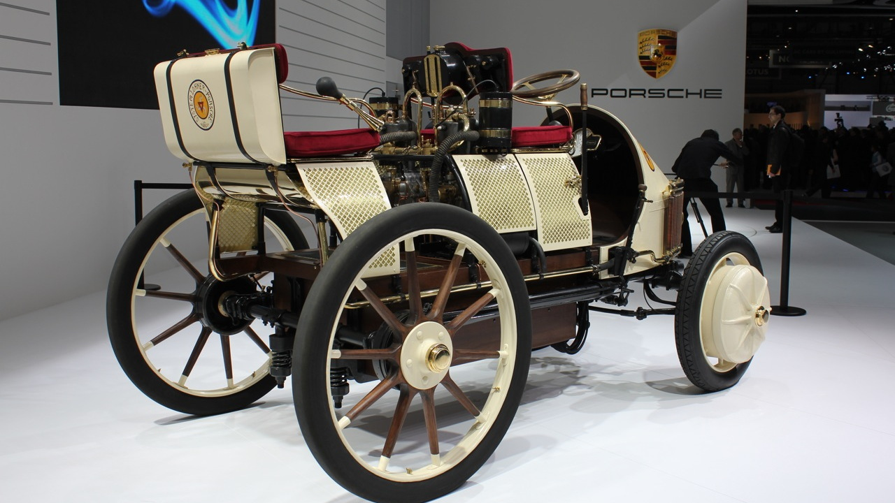 1900 Porsche Semper Vivus recreation live photos
