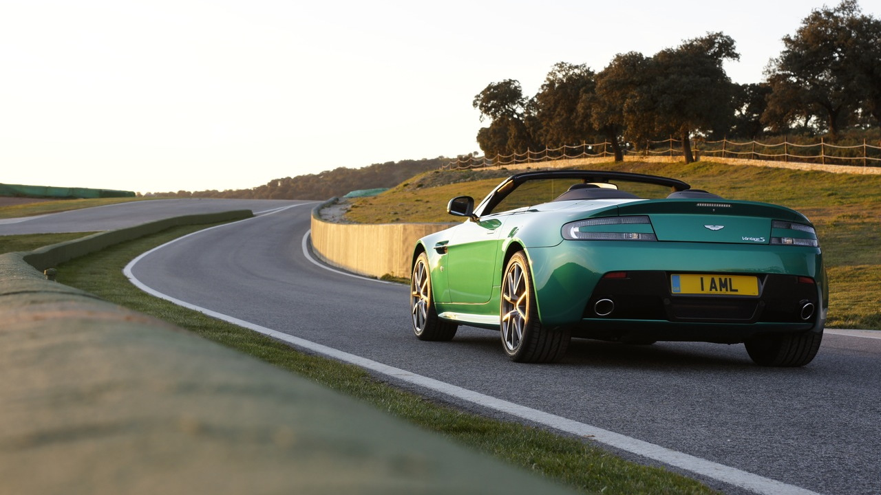 2011 Aston Martin Vantage S