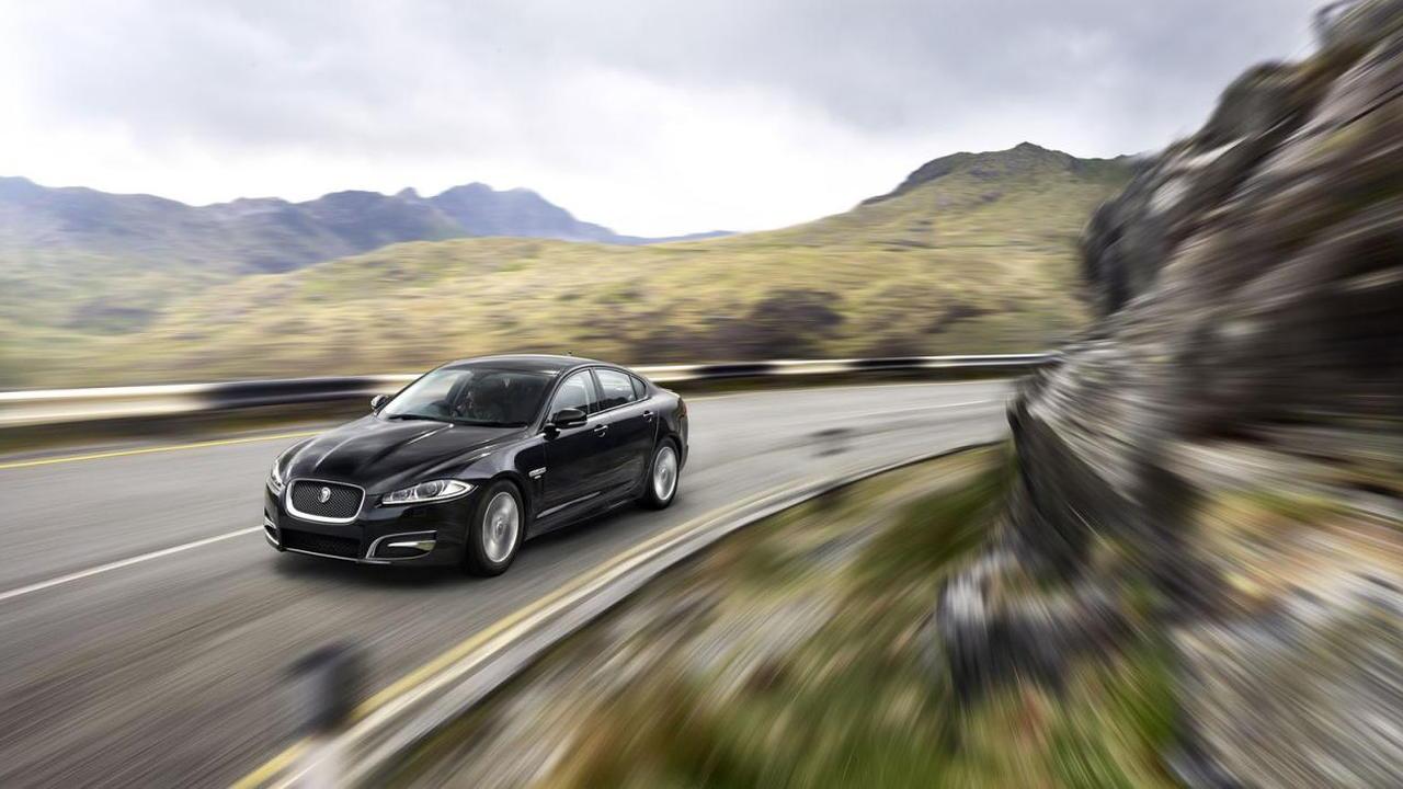 2015 Jaguar XF R-Sport