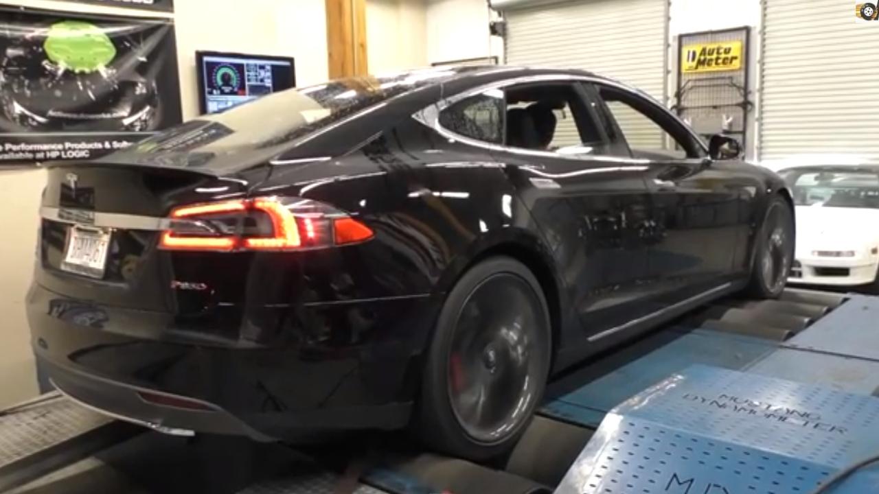 Tesla Model S P85D on a dyno