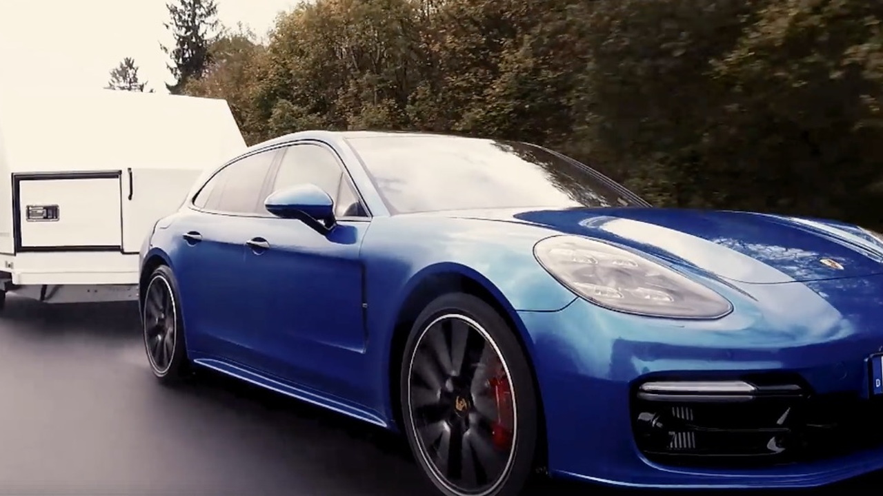 Porsche Panamera Sport Turismo trailer Nürburgring lap record