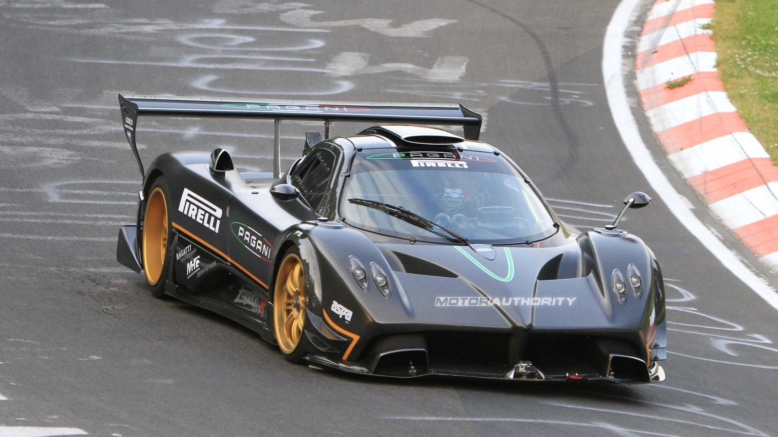 Pagani Zonda R spied on the 'Ring setting new 6:47 lap time