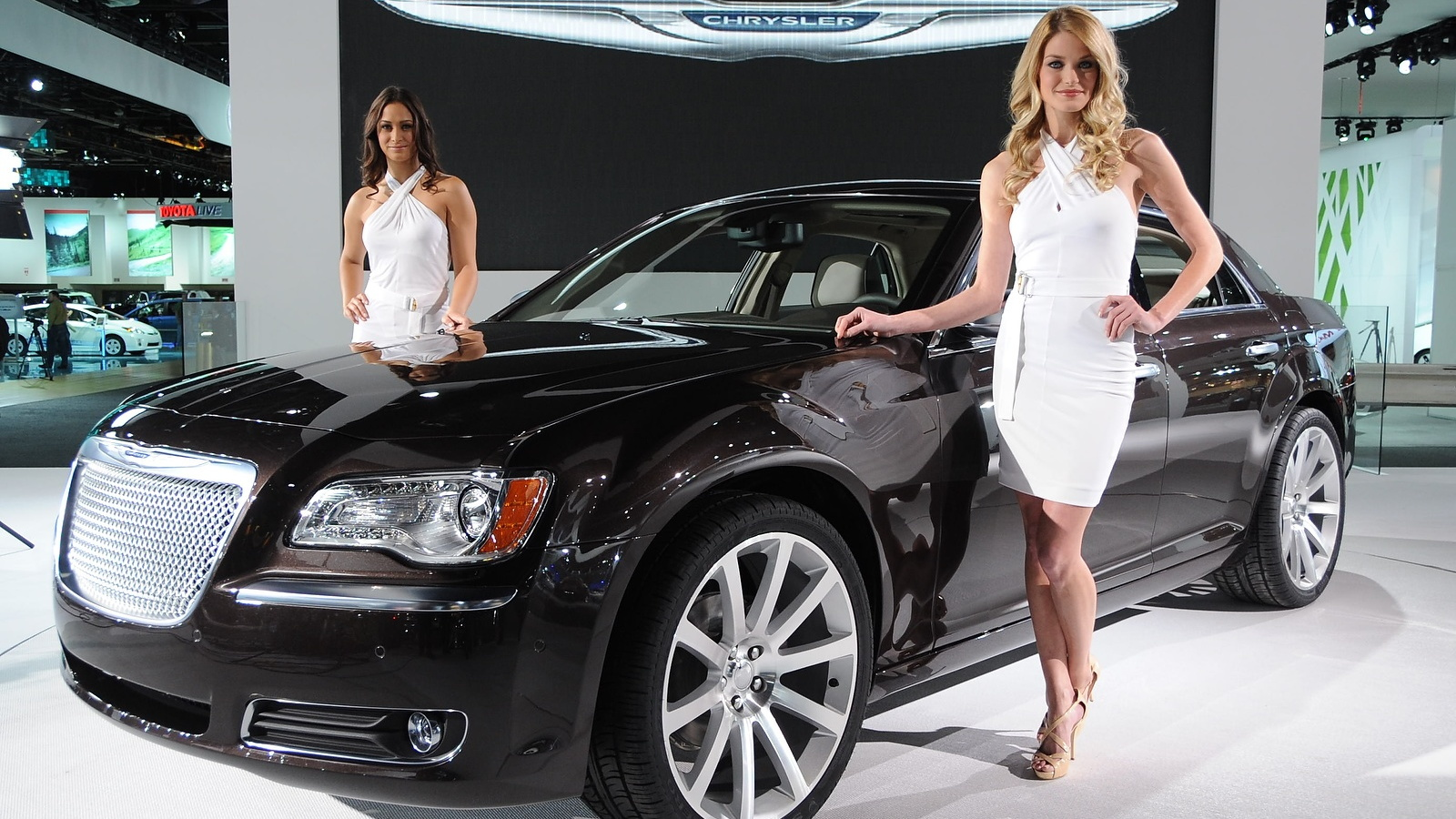 2011 Chrysler 300. Photo by Joe Nuxoll.