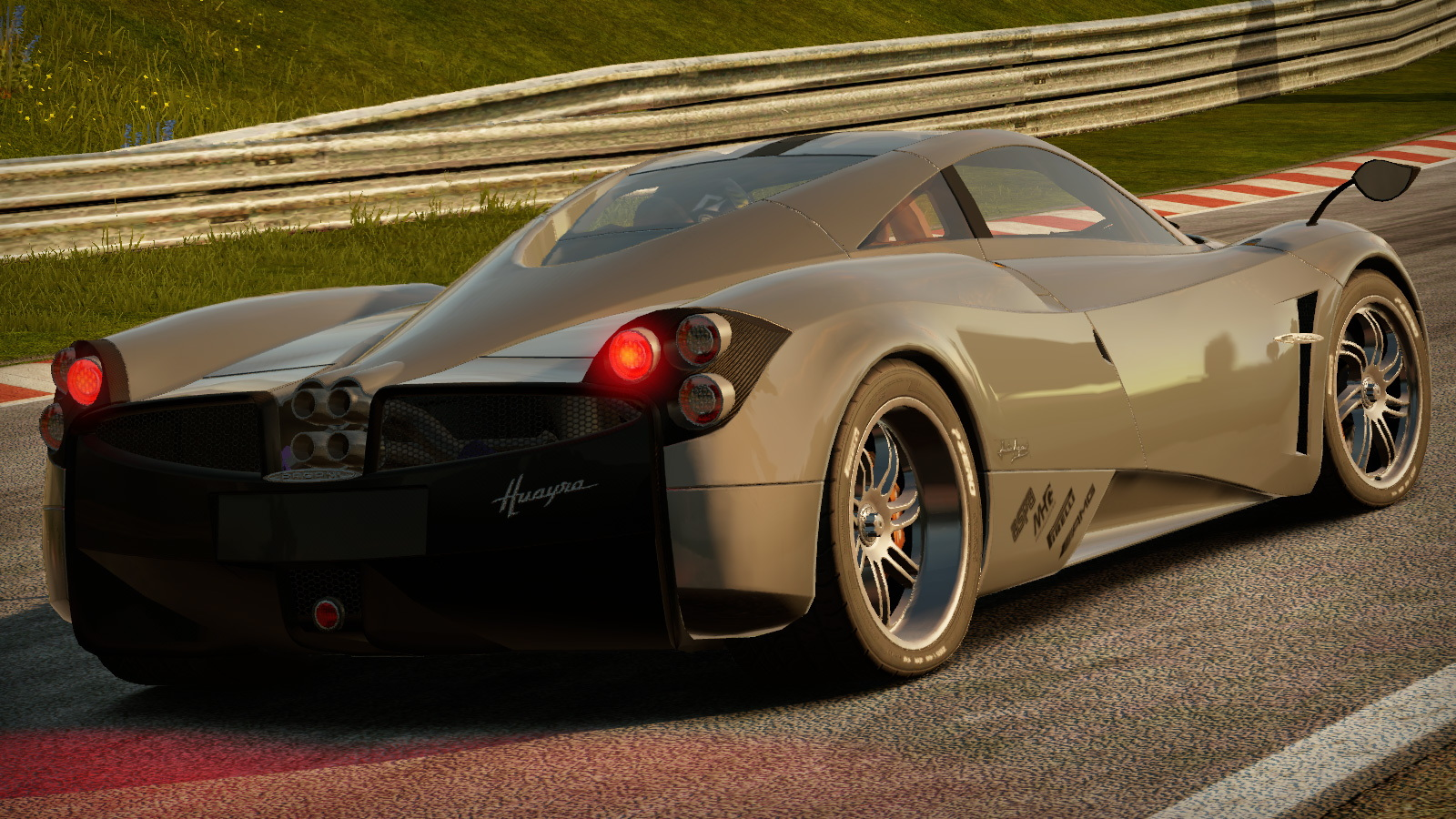 Pagani Huayra in Shift 2 Unleashed