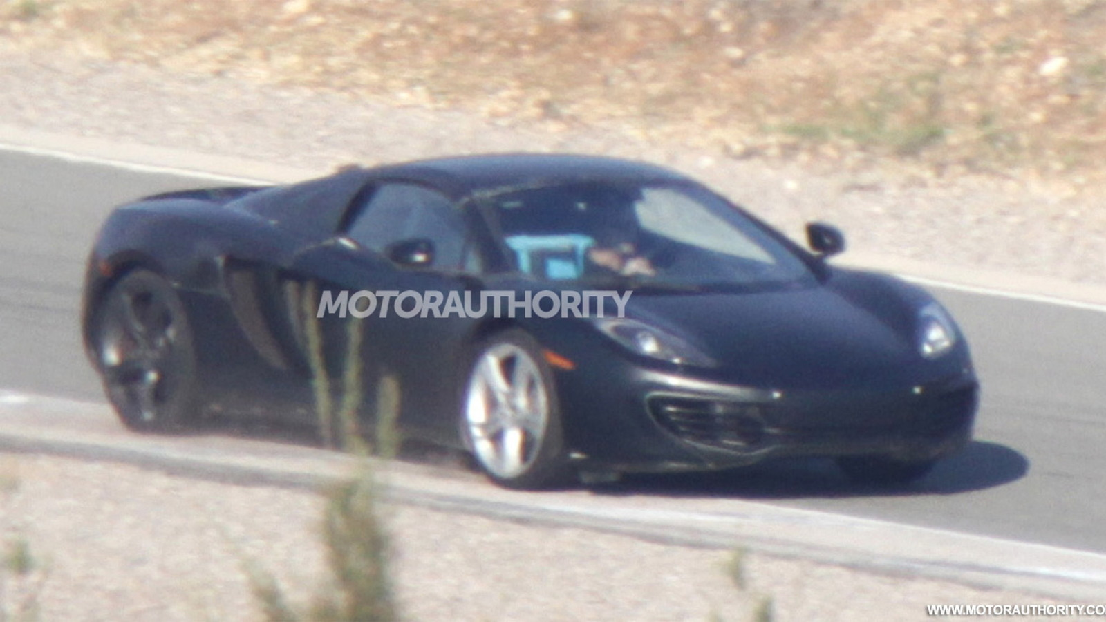 2013 McLaren MP4-12C Spider spy shots