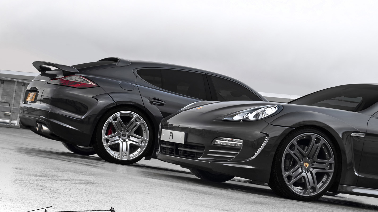 Wide-body Porsche Panamera by A. Kahn Design