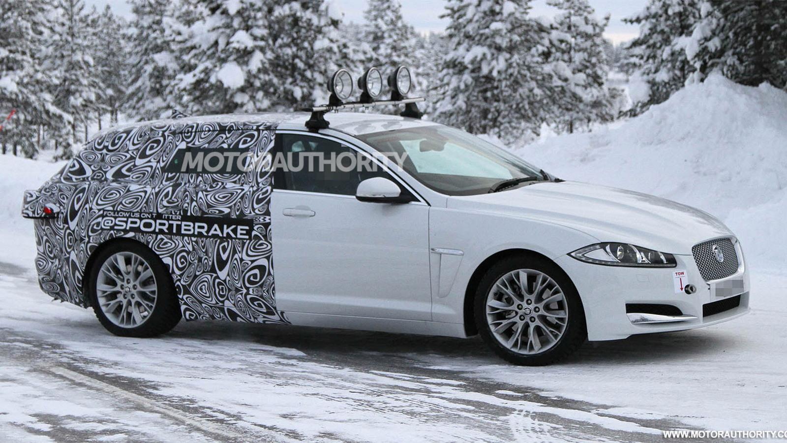 2013 Jaguar XF Sportbrake spy shots