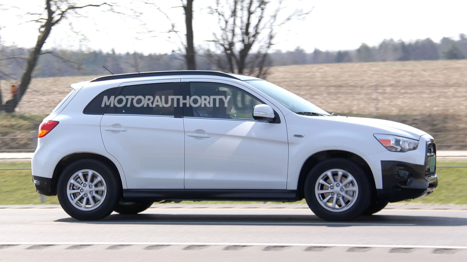 2013 Mitsubishi Outlander Sport facelift spy shots