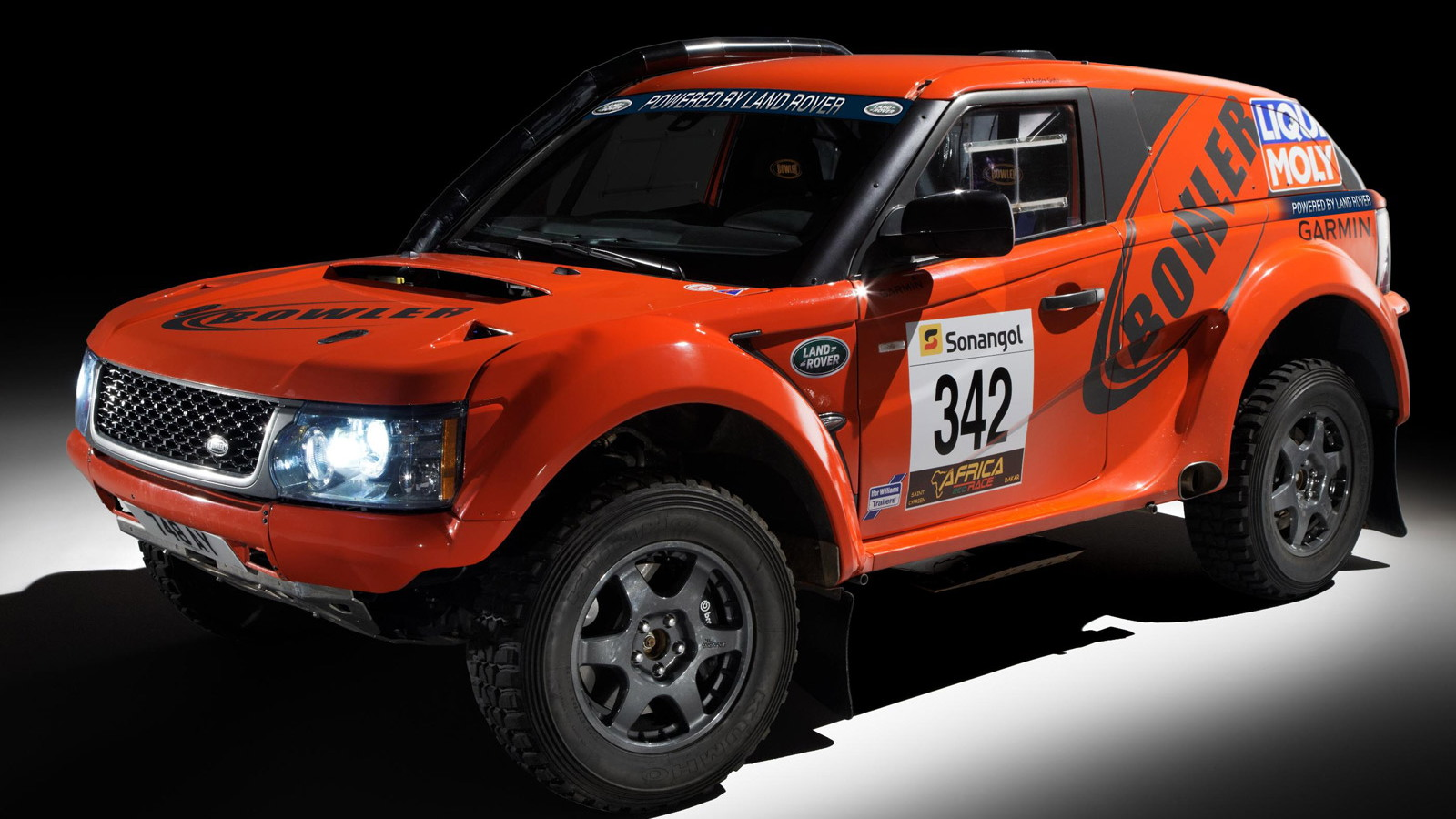 Bowler EXR rally raid SUV based on the Range Rover Sport