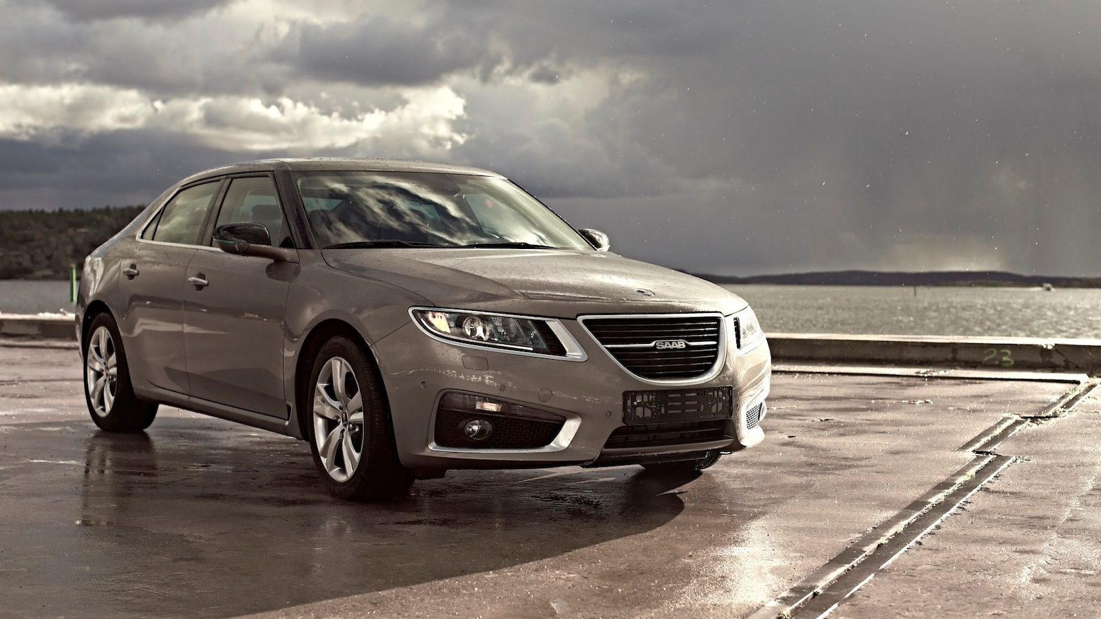 2012 Saab 9-5 Sedan - image: KVD Auctions