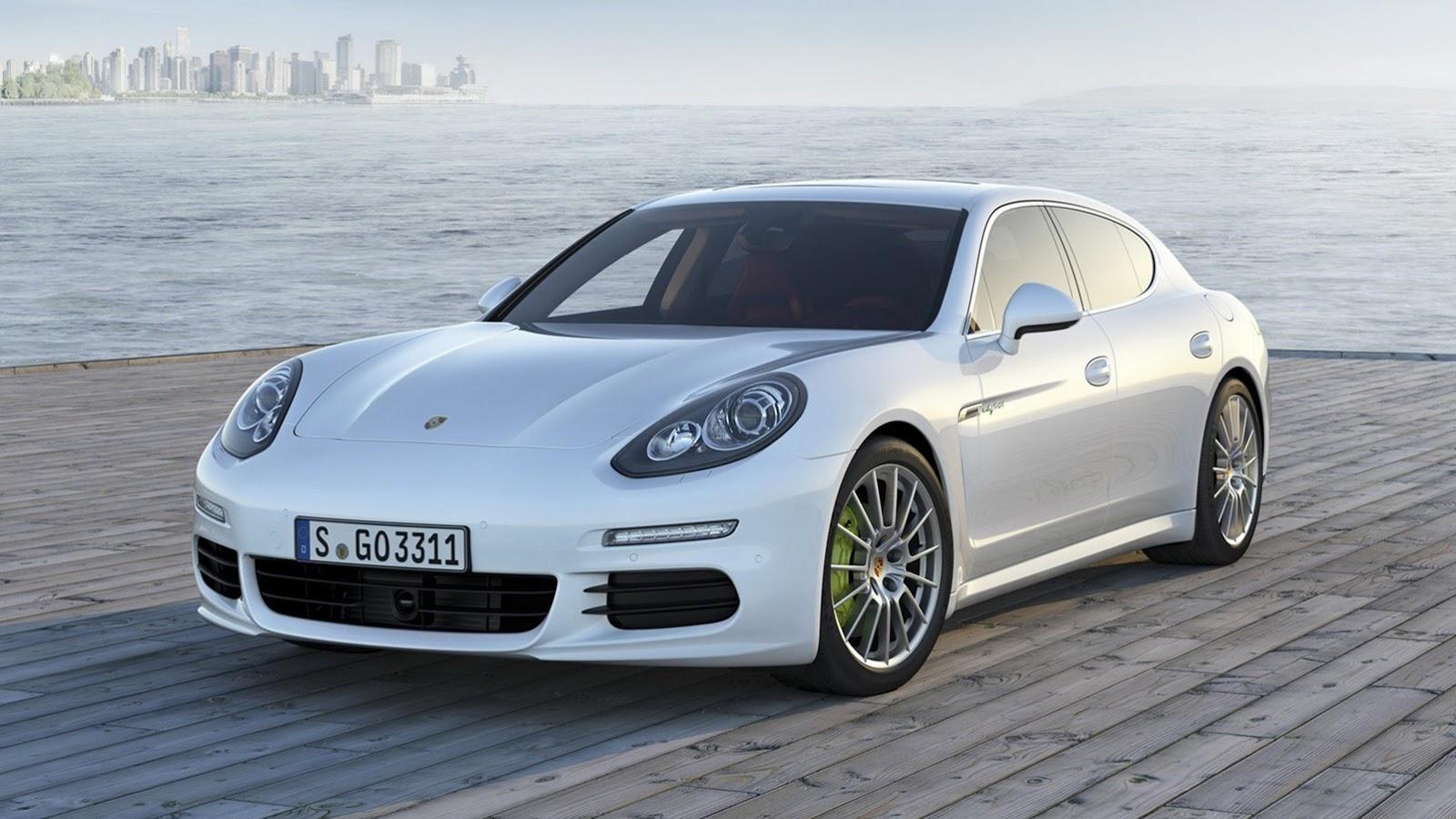 2014 Porsche Panamera leaked images