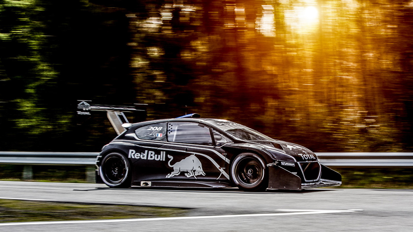 Peugeot 208 T16 Pikes Peak Will Do 0-60 MPH In 1.8 Seconds