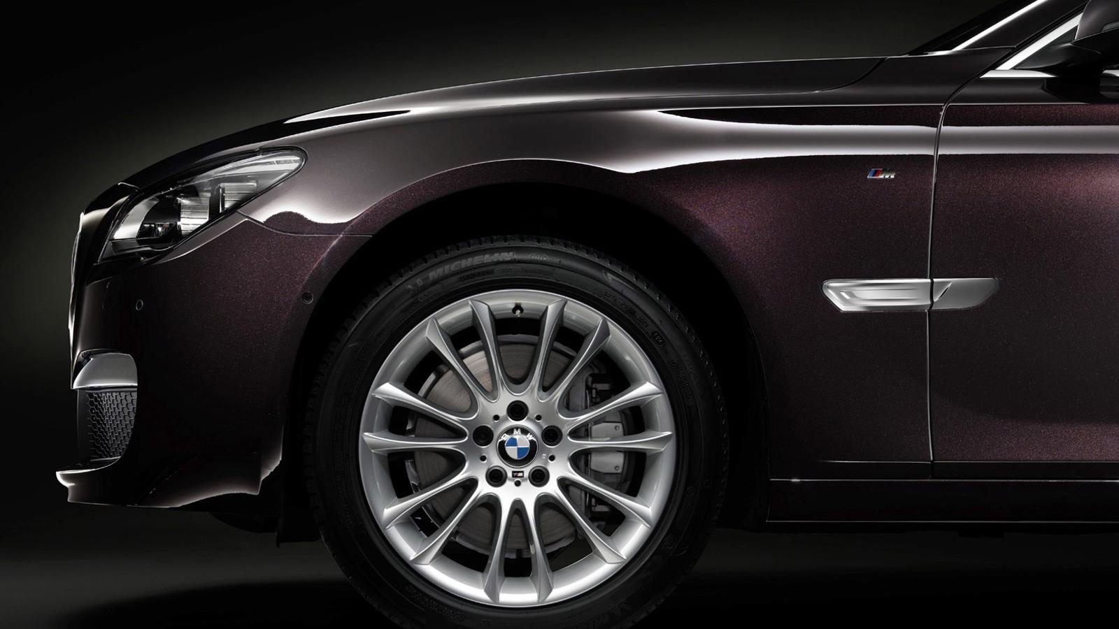 2014 BMW 7-Series Horse Edition