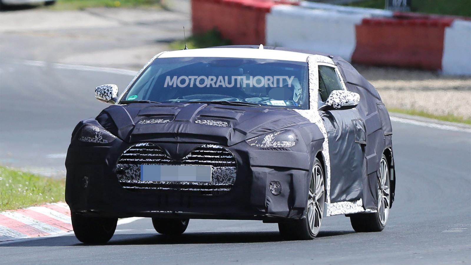 2016 Hyundai Veloster facelift spy shots