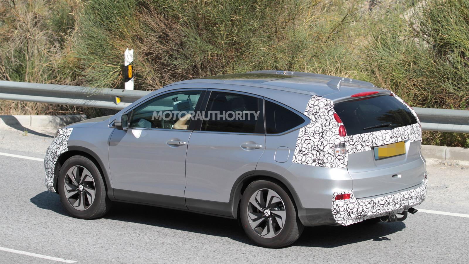 2015 Honda CR-V spy shots