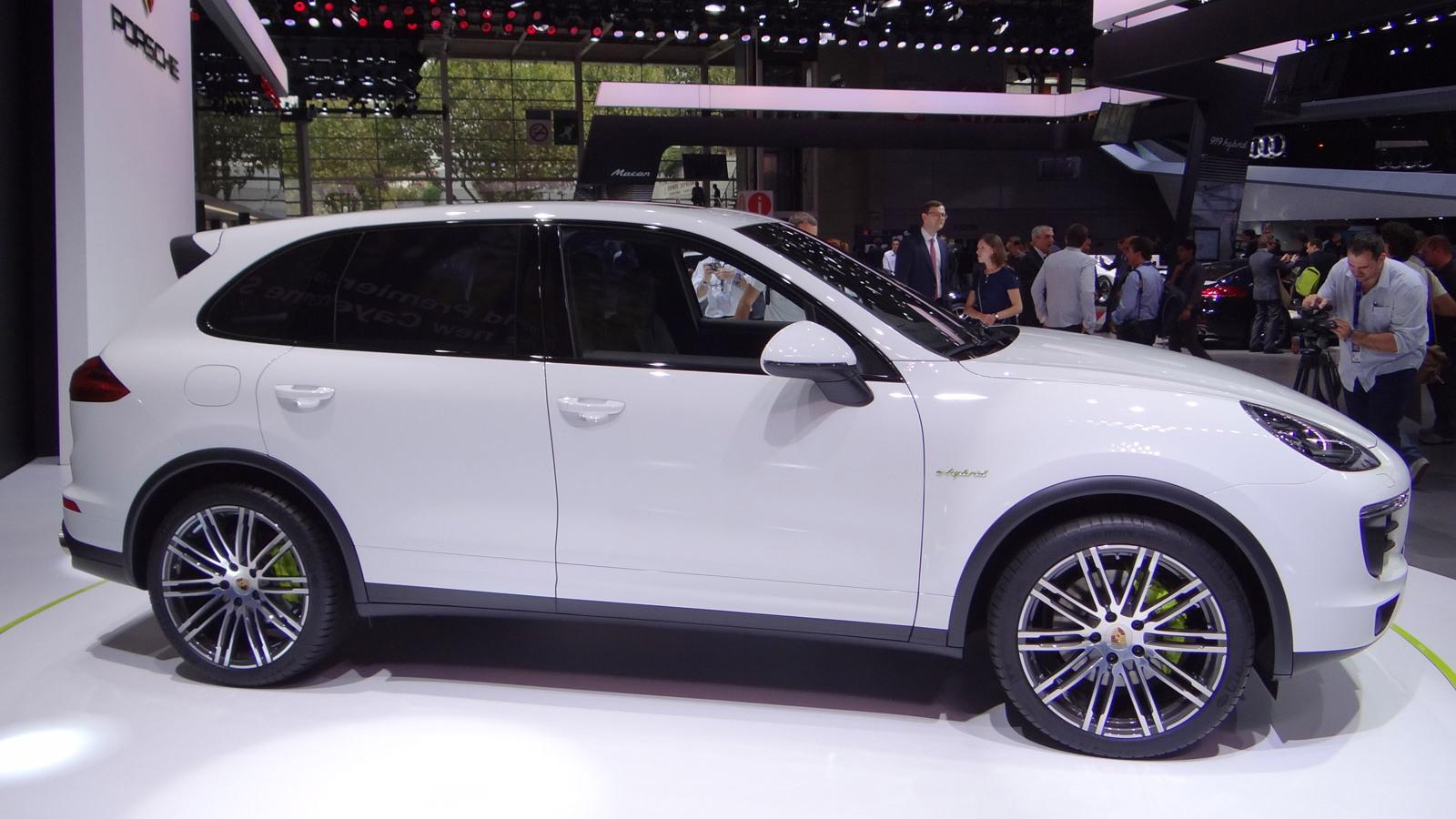 2015 Porsche Cayenne S E-Hybrid, 2014 Paris Auto Show