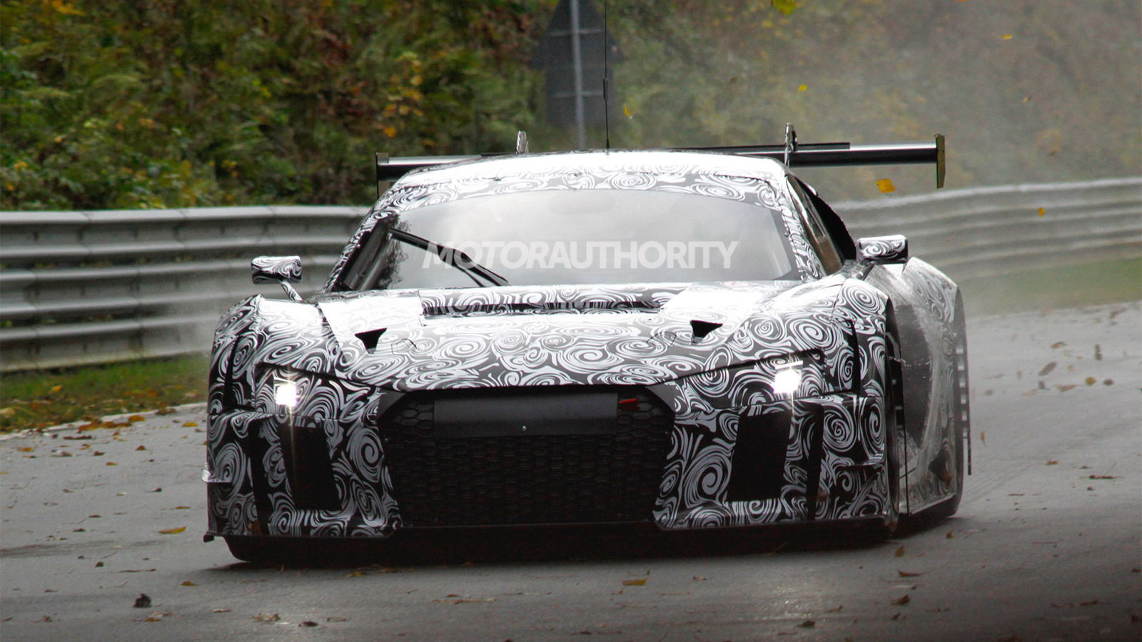 2016 Audi R8 LMS ultra race car spy shots