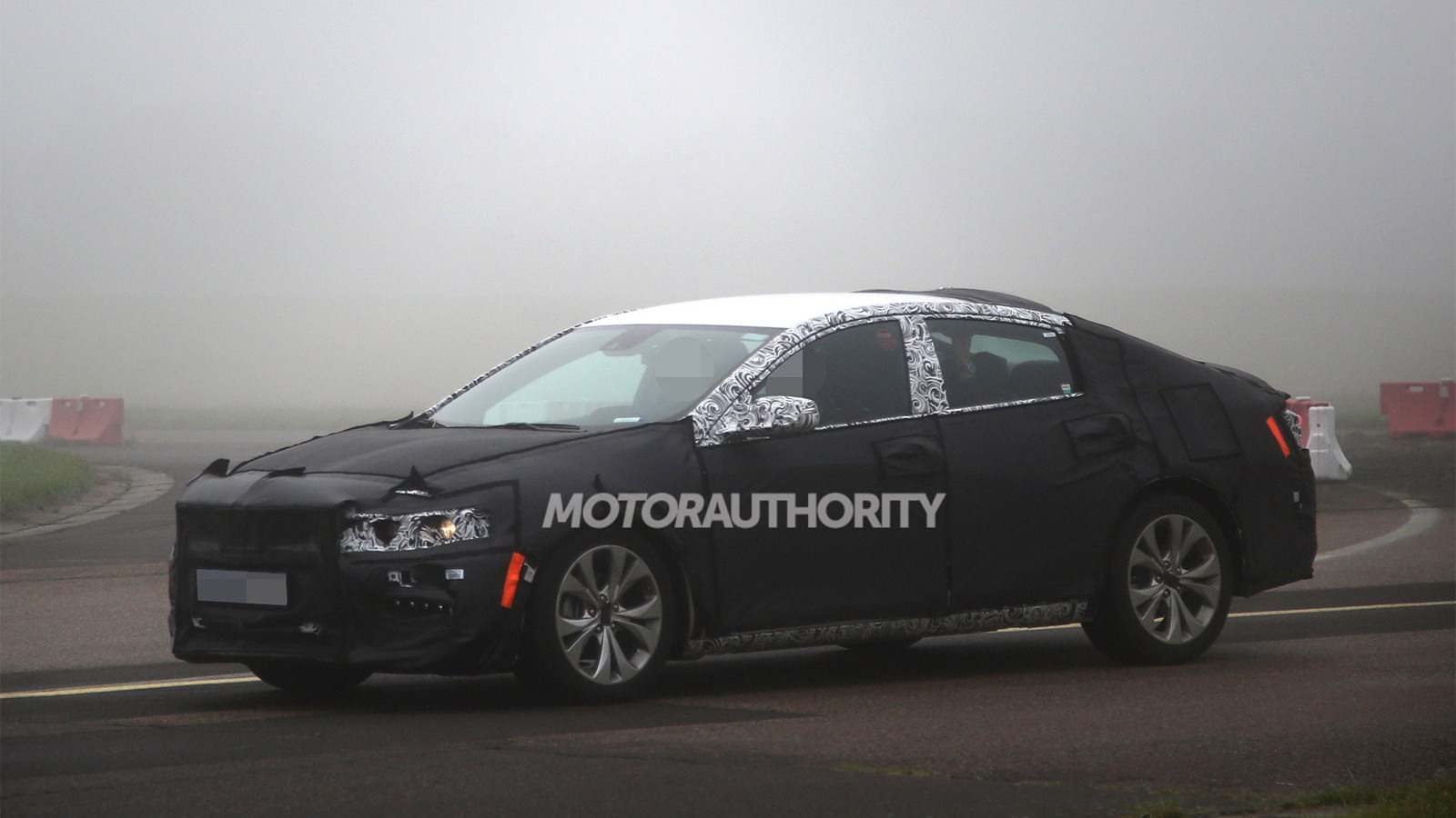 2016 Chevrolet Malibu spy shots