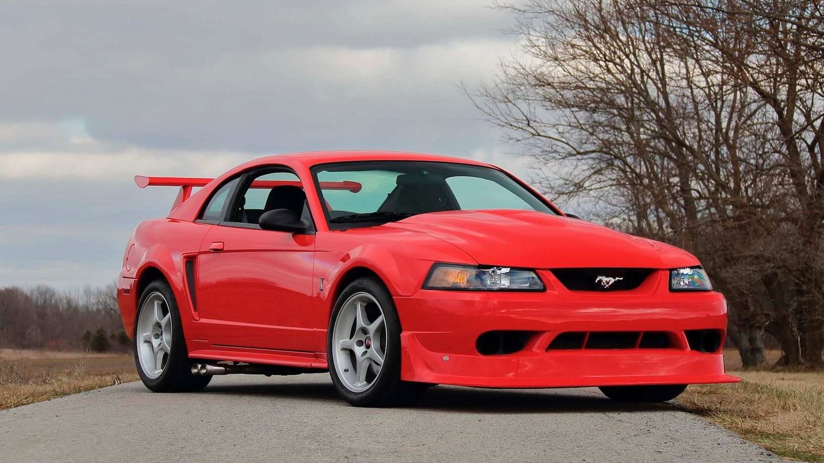 2000 福特汽车 Mustang SVT Cobra R (Photo by Mecum)