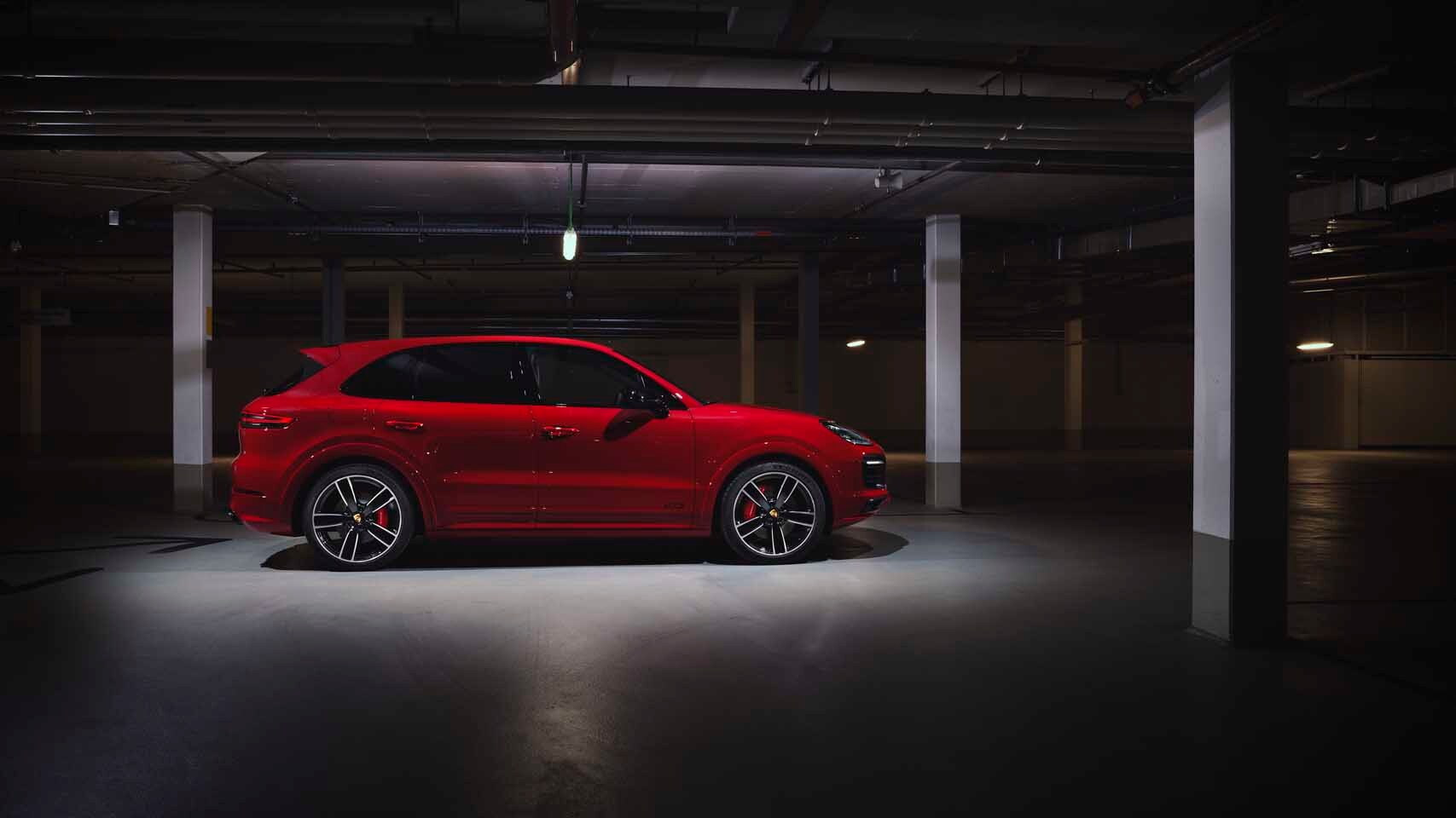 2021 Porsche Cayenne GTS and Cayenne GTS Coupe