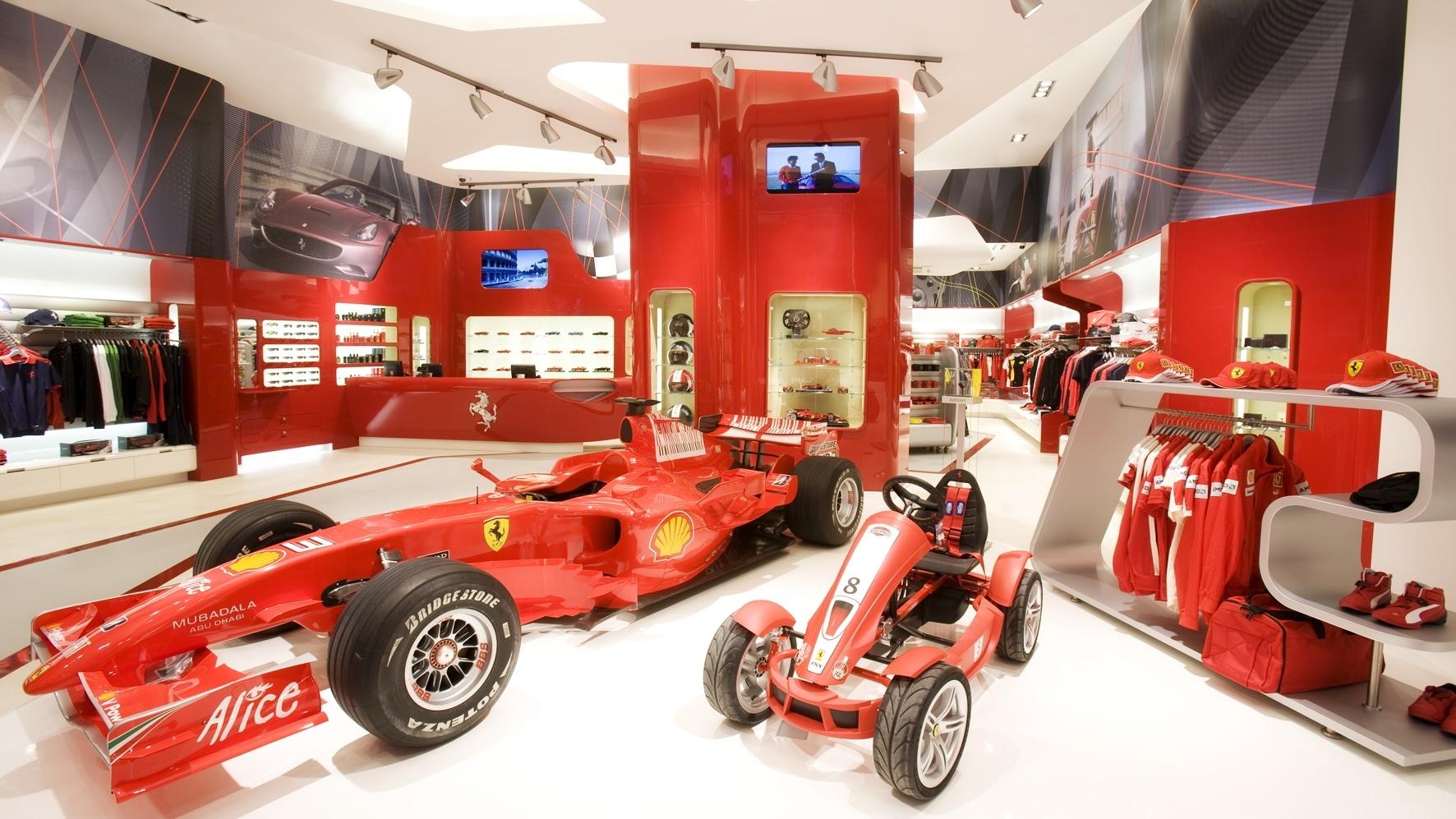 ferrari nurburgring store 002