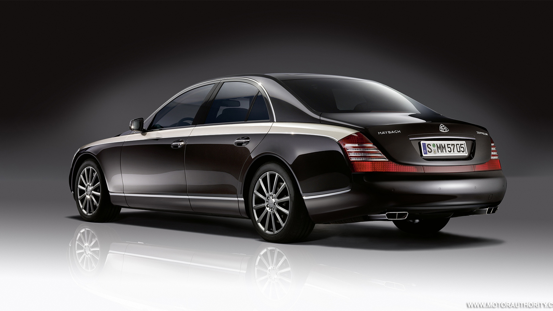 2010 maybach zeppelin 010