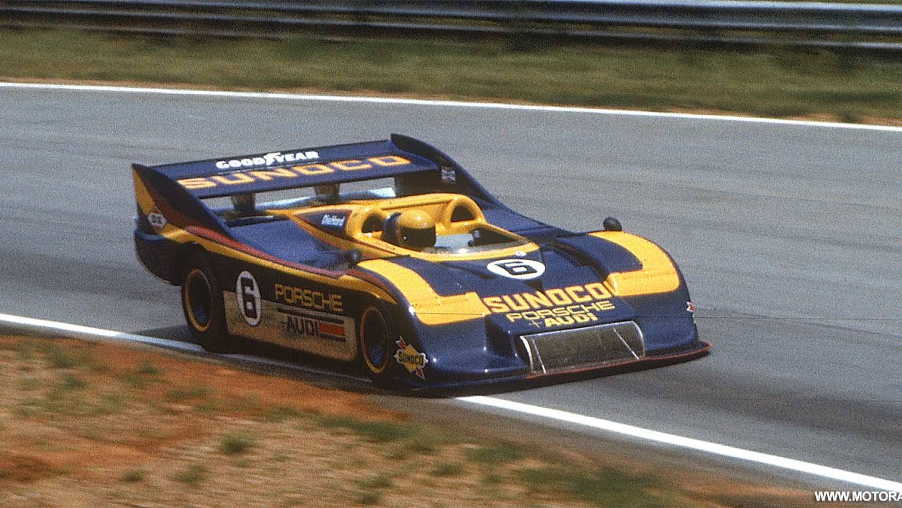 porsche 917 race car 005