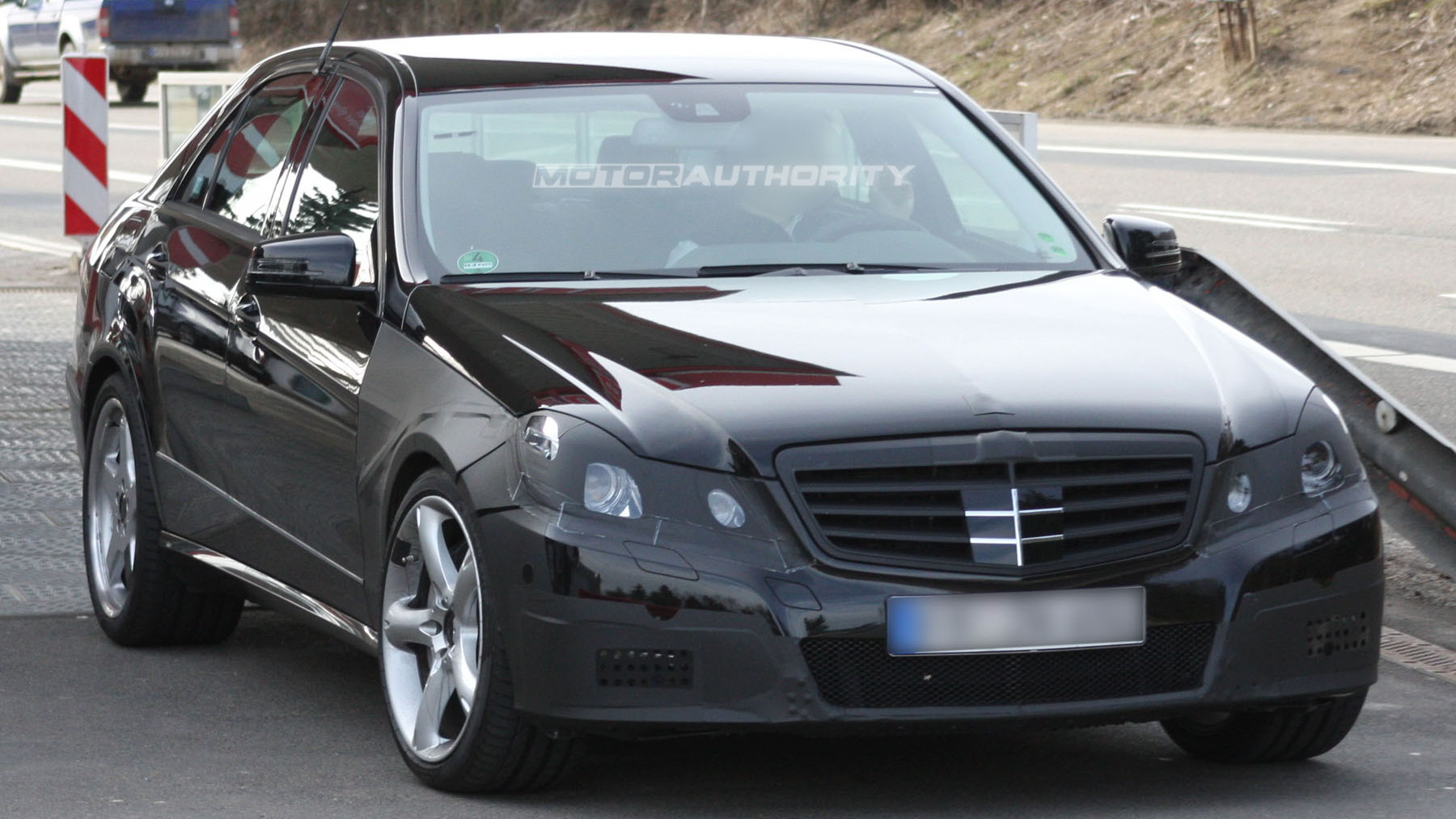 2010 mercedes benz e63 amg spy shots march 002
