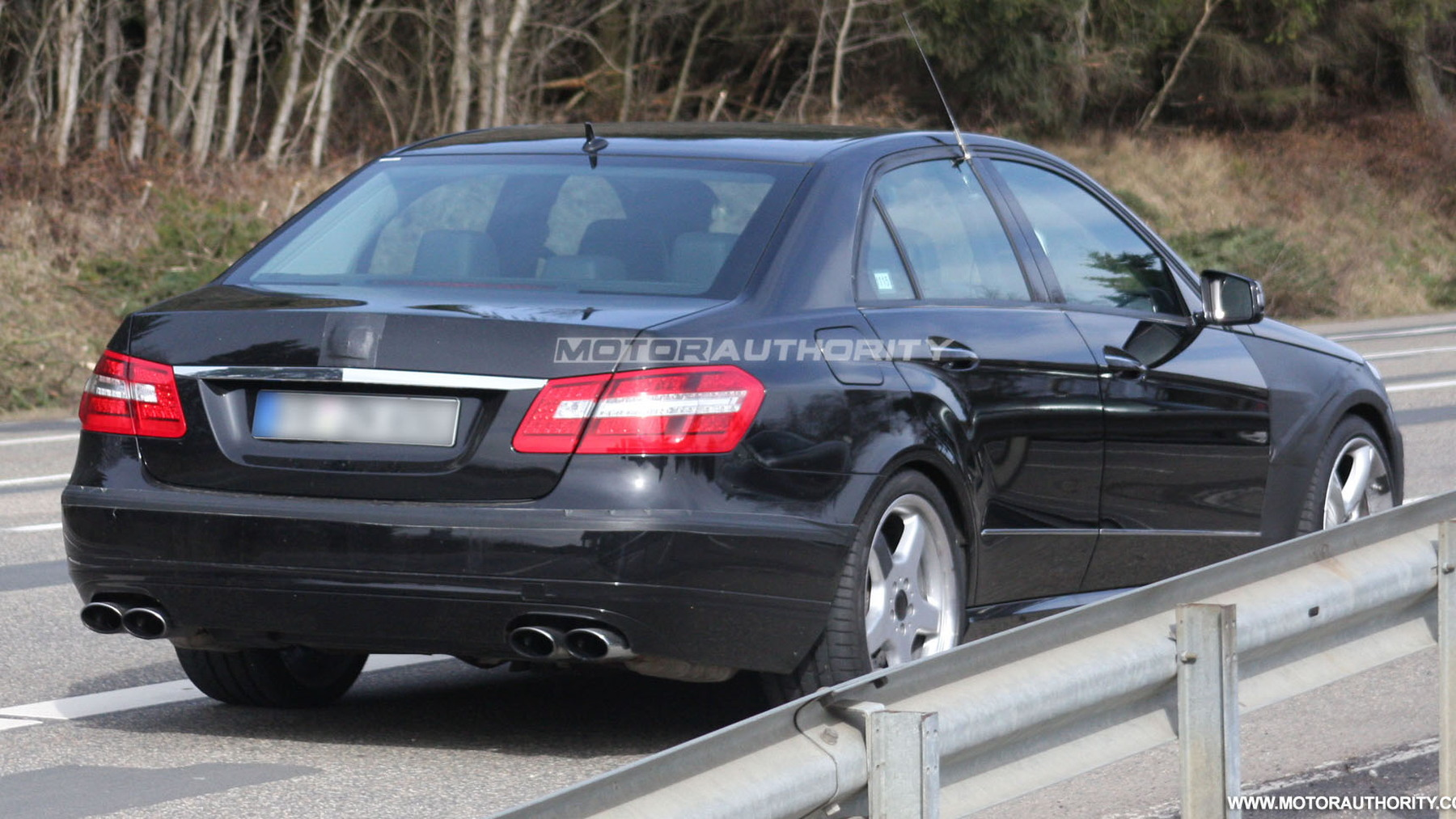 2010 mercedes benz e63 amg spy shots march 006